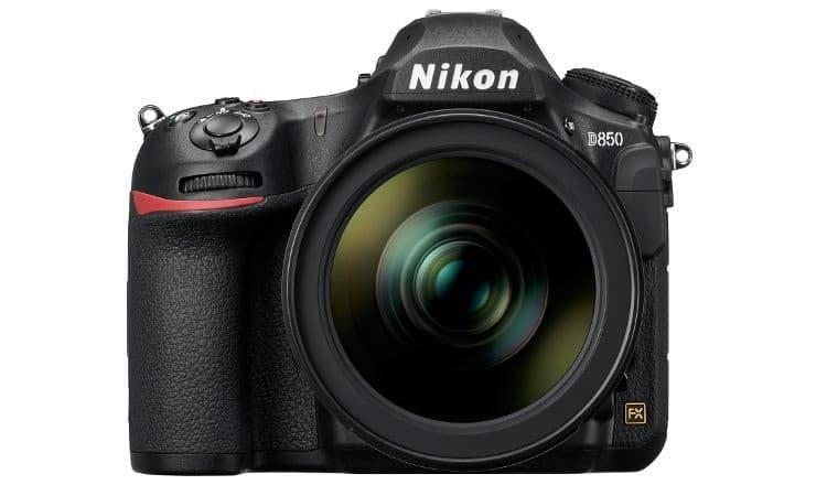 H dSLR Nikon D850 είναι η πρώτη ψηφιακή SLR της εταιρείας εξοπλισμένη με αισθητήρα CMOSback-side illuminated χωρίς low-pass φίλτρο. (φωτό: Nikon)