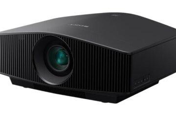 Ο Home Cinema laser projector της Sony, VPL-VW760ES είναι κατά 40% μικρότερος από το τρέχων μοντέλο laser της εταιρείας. (Sony)