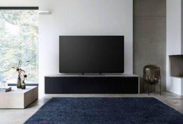 H Panasonic διαθέτει δύο σειρές OLED TV, την EZ950 και την EZ1000 (φωτό: Panasonic)