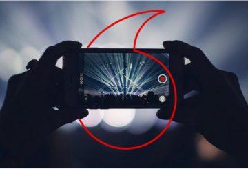 Vodafone - Το μέλλον συναρπάζει. Ready?