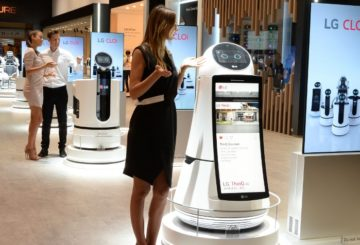lg ifa 2018 cloi robots